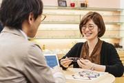 メガネ・サングラス・備品の販売、簡単なPC入力