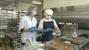 【20代〜60代の方が大活躍中】フルタイム歓迎◎施設給食の調理師...