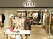 Tiara(ティアラ)キュートな大人スタイルのアパレル販売 新宿ルミネ1のアルバイト・バイト・パート求人情報詳細