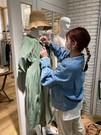 かわいい洋服に囲まれながら、イキイキ働ける環境をご用意しております!