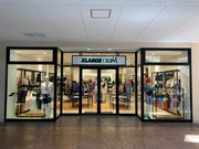 XLARGE/X-girl三井アウトレットパーク滋賀竜王店のアルバイト・バイト・パート求人情報詳細
