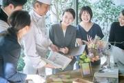 ◆土日祝のみ◆大きなシャンデリアが特徴的な天神の結婚式場でお仕事♪